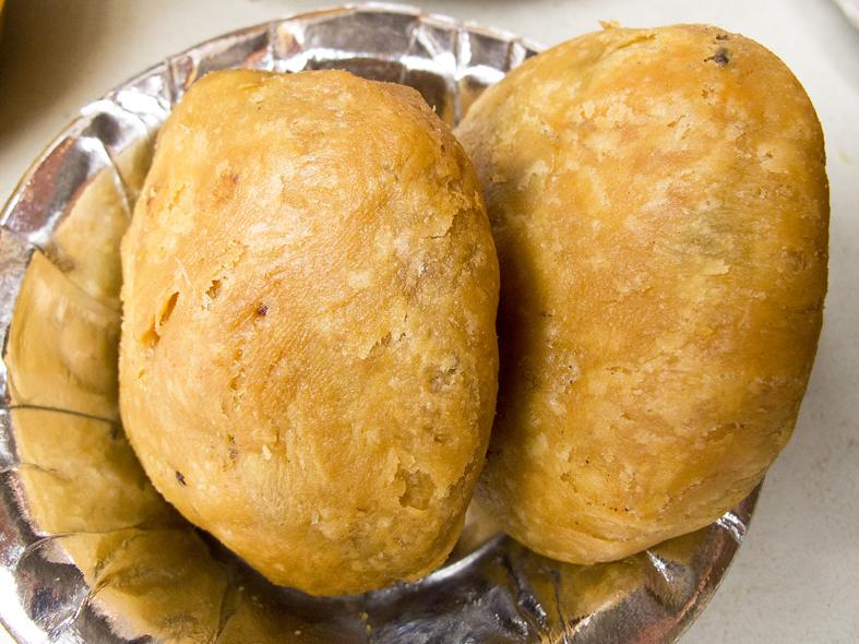 Muttar kachori, pea-filled fried bread, from Delhi, India