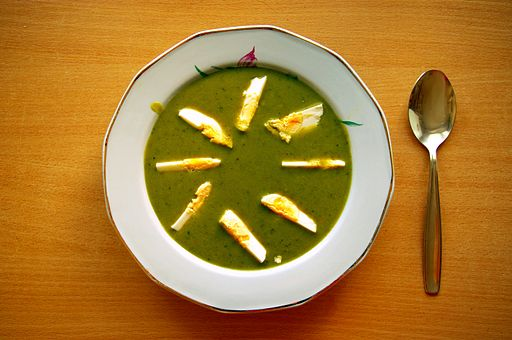 Polish sorrel soup with egg, or barszcz szczawiowy