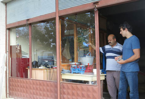 Buying findik in Turkey