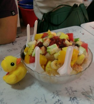 Frozen ice with fresh fruit in Taiwan