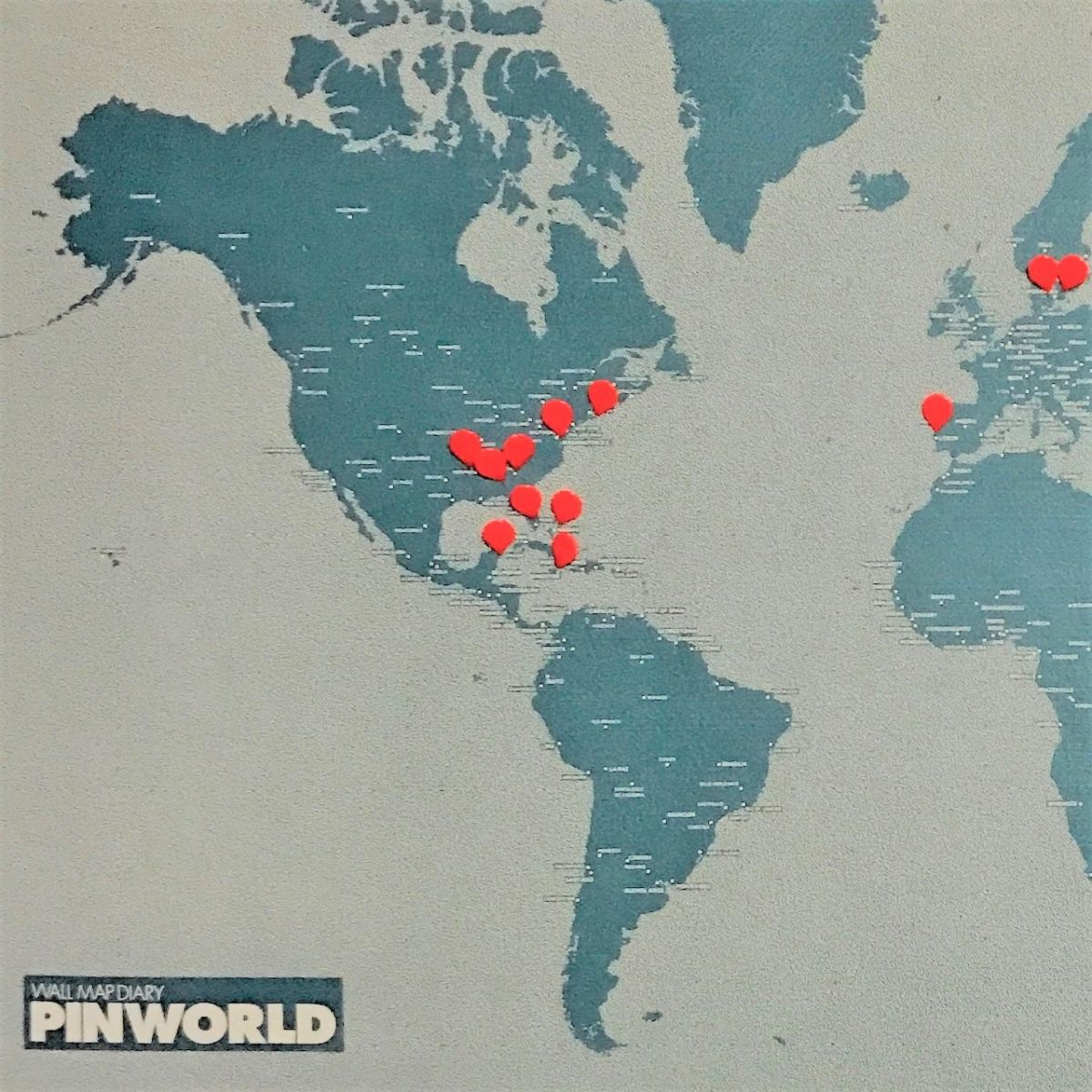 PinWorld pushpin map