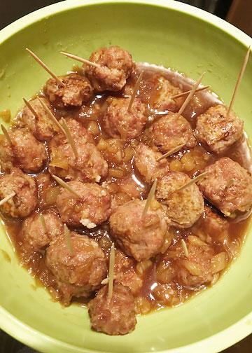Hawaiian-style turkey meatballs in a pineapple sauce